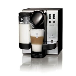DeLonghi Lattisima EN680M